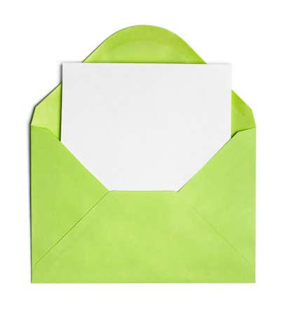 sobres para carta: Sobre abierto verde o cubierta con hoja de papel en blanco incluido Foto de archivo