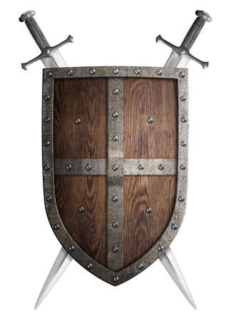 medievales: de madera vieja de escudo medieval del cruzado y dos espadas cruzadas aislados Foto de archivo