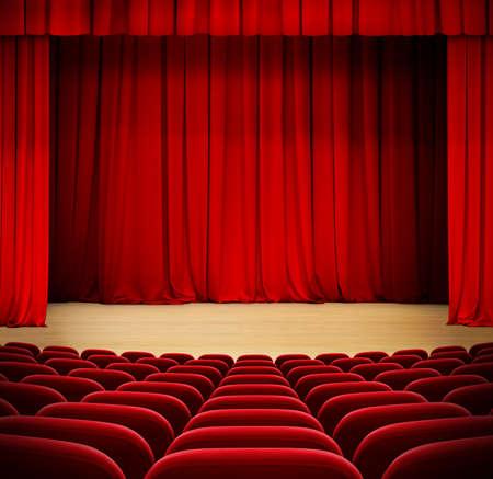 강당에 빨간 벨벳 석 극장 나무 무대에 빨간 커튼 스톡 콘텐츠