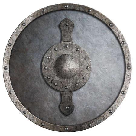 escudo: escudo redondo de metal medieval aislado en blanco