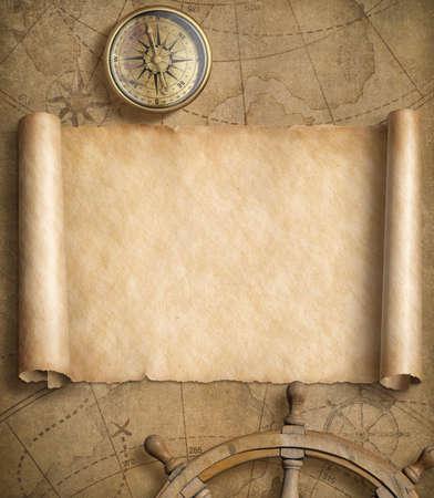 Oude lege zeekaart met stuurwielen Stockfoto