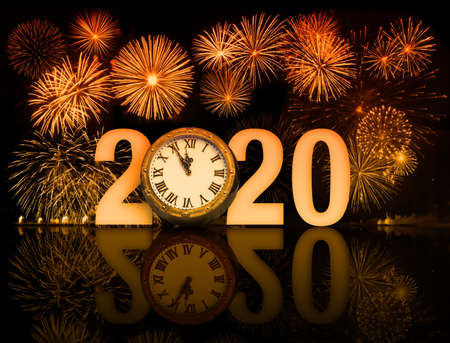 new year 2020 fireworks with clock face Imagens