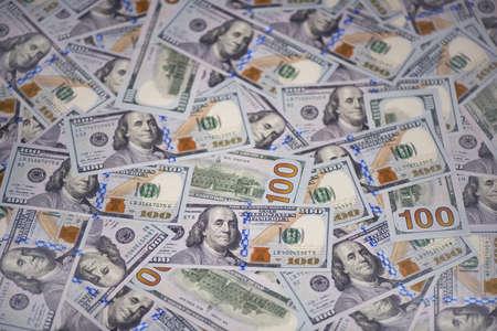 100米ドル紙幣(新しいサンプル)