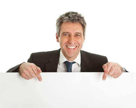 leeg bord: Vertrouwen zakenlieden presenteren leeg bord Stockfoto