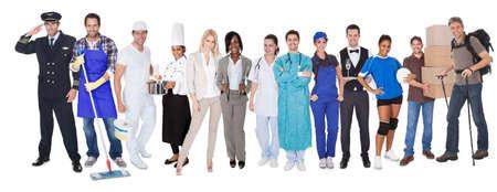 poblacion: Un grupo grande de personas que representan diversas profesiones incluyendo Foto de archivo