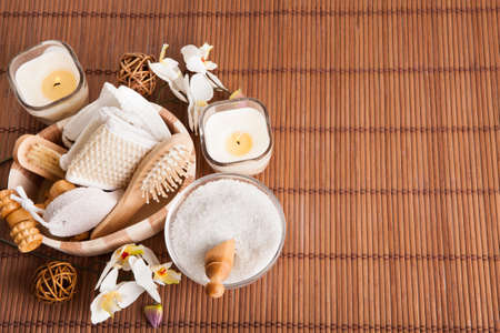 crystal therapy: Bathing Spa Kit With Sea Salt Indoor