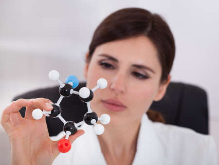 Female Scientist Concentrating On Molecular Structure In Laboratory Stock Photo - 18621378