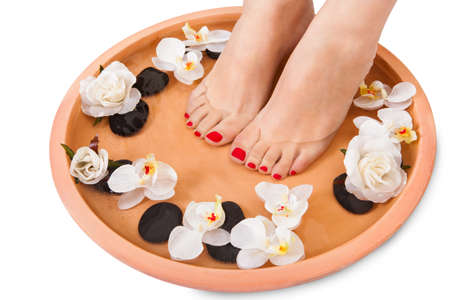 Close-up der weiblichen Füße bekommen Spa Aroma Therapy Standard-Bild