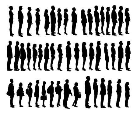 fila di persone: Collage di persone silhouette in piedi in linea su sfondo bianco. Immagine vettoriale