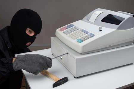cash: Primer De Ladrón de apertura de la caja registradora Cajón Con Destornillador