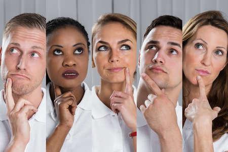 personas pensando: Pensando Grupo de personas