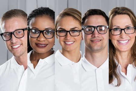 Collage de la sonrisa multiétnica jóvenes que llevaban gafas de visión