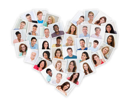 心臓の形の異なる多民族人々 のグループ