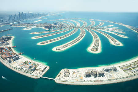 An Artificial Jumeirah Palm Island On Sea, Dubai, United Arab Emirates 免版税图像