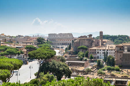 Roman Forum And Colosseum High Angle View Imagens