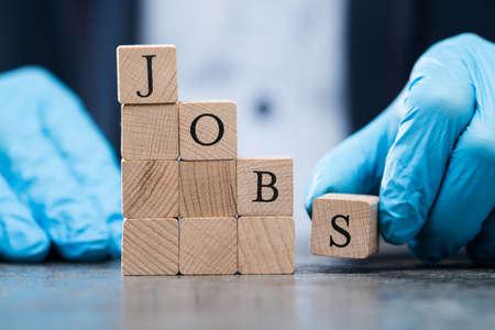 Job Cuts During Economic Recession After Coronavirus Crash 版權商用圖片