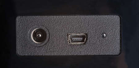 power and mini-usb connectrors