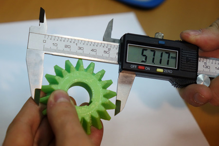 Measure with a digital caliper. Banco de Imagens