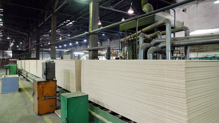 Production of laminated fiberboard. Fibreboard sheets for furniture production