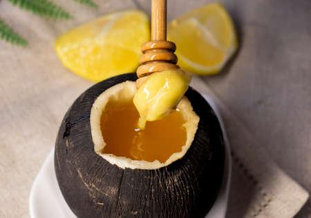Black radish with honey.Natural honey cough syrup . Zdjęcie Seryjne