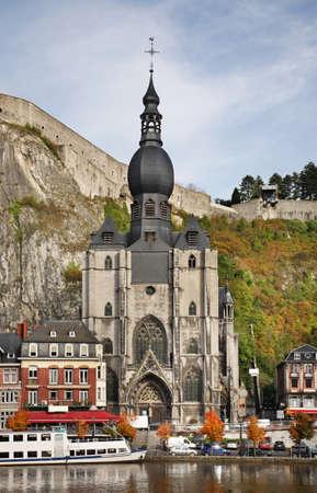 belgique: Collegiate church of Notre Dame and citadel in Dinant  Belgique Stock Photo