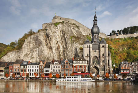 belgique:  Collegiate church of Notre Dame and citadel in Dinant  Belgique