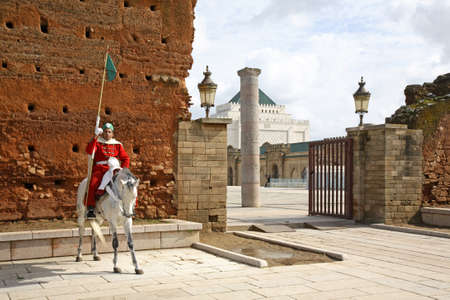 maroc: Entry to The Mausoleum of Mohammed V in Rabat. Morocco