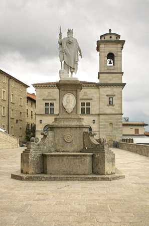 sammarinese: Piazza Libert� a San Marino