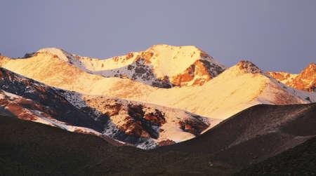 kyrgyzstan: Kungoy Ala-Too cresta. Kirguist�n