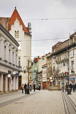 Fußgängerzone in Nowy Sacz. Polen Standard-Bild - 38219172