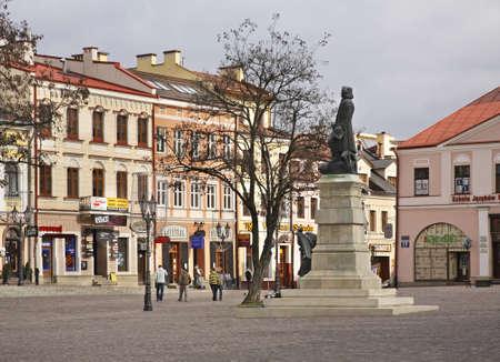 polska monument: Monument to Tadeusz Kosciuszko in Rzeszow. Poland Editorial