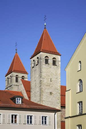 regensburg: Niedermunsterkirche in Regensburg. Bavaria. Germany Stock Photo