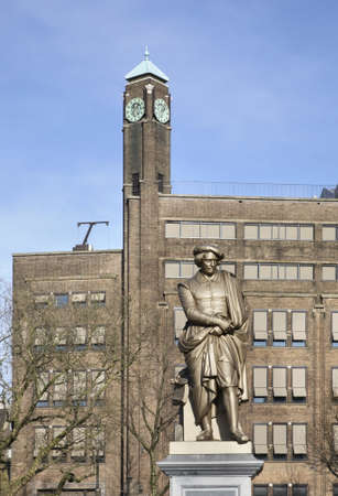 rembrandt: Monument to Rembrandt in Amsterdam. Netherlands