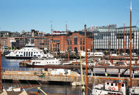 Pipervika bay and Aker Brygge district in Oslo. Norway 版權商用圖片