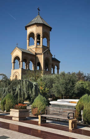 Bell tower of Holy Trinity cathedral in Tbilisi. Georgia Standard-Bild