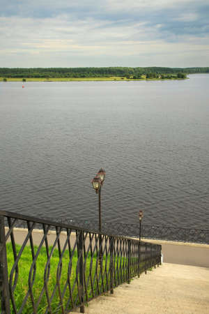 Embankment of Volga river in Myshkin. Russia Standard-Bild