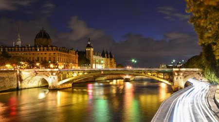 ile de la cite: paris night view Stock Photo