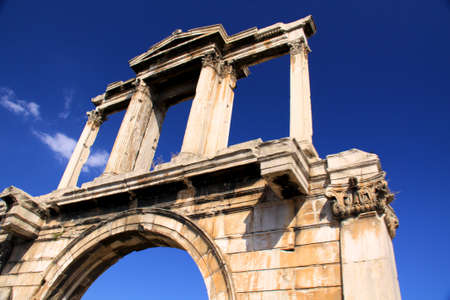 lintel: Hadrians Arch (also known as Hadrians Gate) was constructed in 131 AD to celebrate the arrival of the Roman Emperor Hadrian in Athens, Greece. Stock Photo