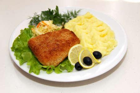 breaded pork chop: breaded pork chop