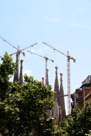 familiar: BARCELONA, SPAIN - May 23: La Sagrada Familia - the impressive cathedral designed by Gaudi, which is being build since 19 March 1882 and is not finished yet May 23, 2011 in Barcelona, Spain.
