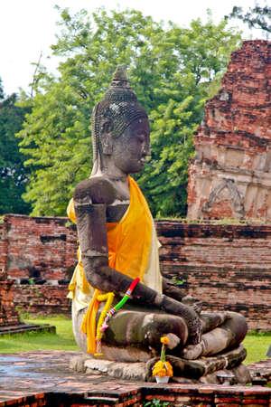 krung: Buddha Statue - Ayuthaya, Thailand
