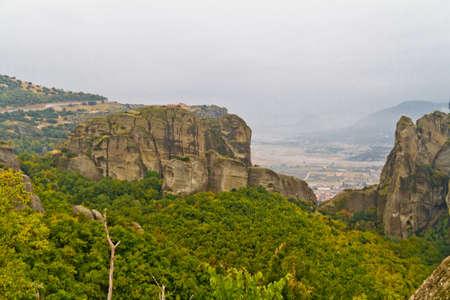 monasteri: Meteora scogliere e monasteri