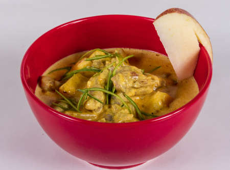 Yellow Curry Chicken (Massaman Curry Chicken) Stock Photo - 13079712