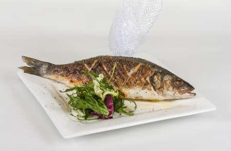seabass: Lubina al horno con verduras