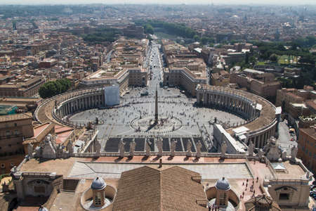 St. Peter's Square from Rome in Vatican State Stock Photo - 16551796