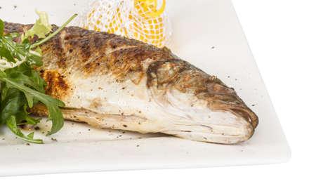 seabass: Lubina con verduras Foto de archivo