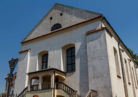 kroke: Old Synagogue Izaaka in Kazimierz district of Krakow, Poland