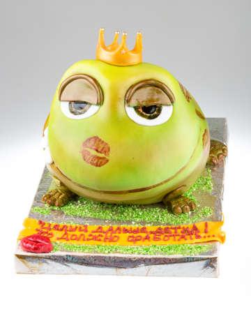 piggish: handmande cake shot in a closeup scene