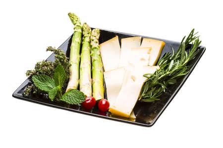 edam: Yellow ripe cheese