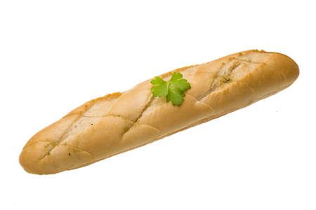 Baguette fresca con hojas de perejil